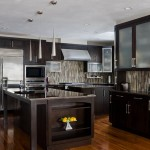 traditional-kitchen-cabinets 15