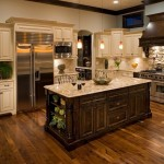 traditional-kitchen-cabinets 19